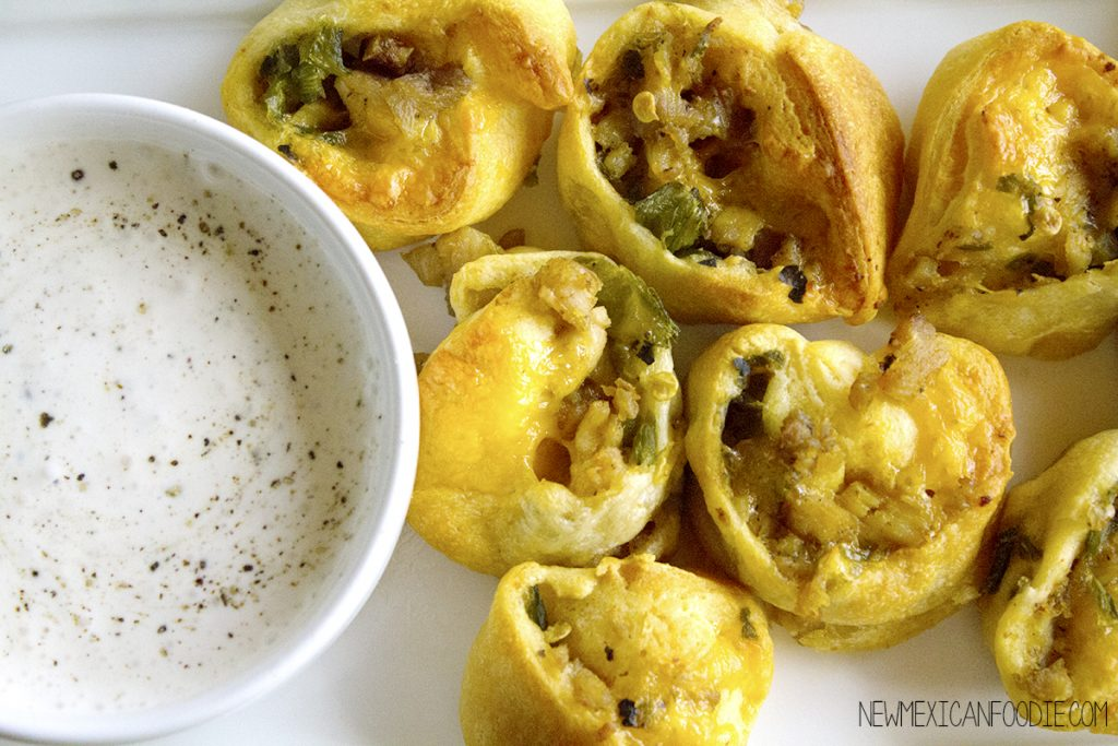 Green Chile, Chicken & Cheese Croissant Rollups | homemadeforelle.com