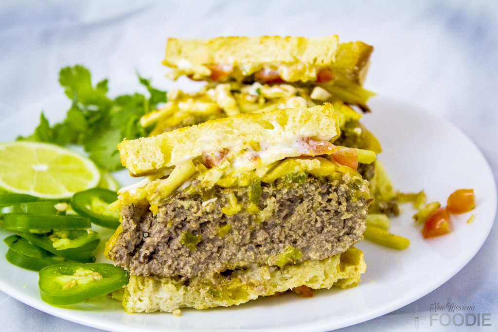 How to make the best green chile cheeseburger  | NewMexicanFoodie.com