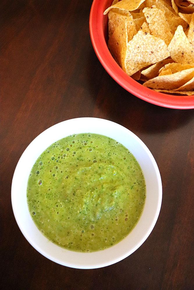 How to make homemade salsa verde